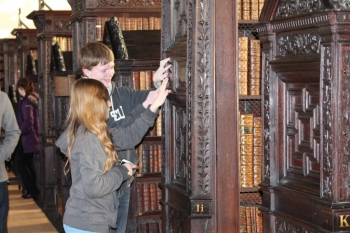 Sutherland students explore the Old Library