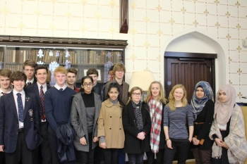 Students from the Biology and Physics Experience, with Access Officer