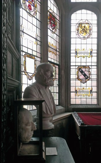 Wordsworth's life mask and John Couch Adam's bust under the Oriel window