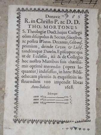 Book-label detailing Thomas Morton's gifts.
