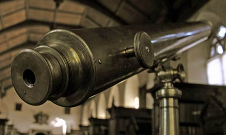 Photograph of Fred Hoyle's refracting telescope